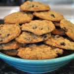 Simple and Delicious Oatmeal Raisin Cookies