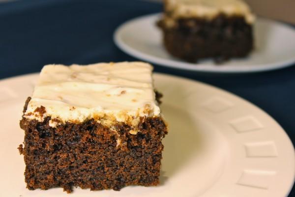 Molasses cake 1